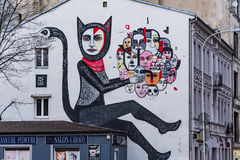 街道艺术壁画在罗兹, Sienkiewicza和Tuwima街道的角落的,波兰 免版税图库摄影
