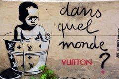 街道艺术妇女在巴黎法国 库存图片
