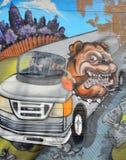 街道艺术蒙特利尔牛头犬 免版税图库摄影