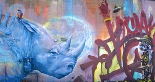 街道艺术蒙特利尔蓝色犀牛 免版税库存照片