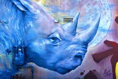 街道艺术蒙特利尔蓝色犀牛 图库摄影