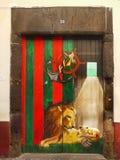 街道艺术,被绘的门,马德拉岛海岛 库存图片