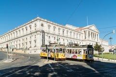 街道观点的葡萄牙议会,圣地Bento宫殿,在L 图库摄影