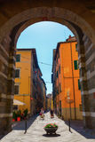 街道视图在卢卡,托斯卡纳,意大利 免版税库存照片
