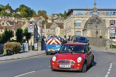 街道视图在英国镇 免版税库存图片