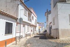 街道视图拉各斯,阿尔加威在葡萄牙 库存照片