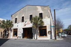 街道视图汉克的餐馆查尔斯顿SC 图库摄影