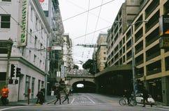 街道隧道在旧金山 库存照片