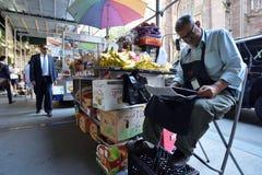 街道食物推车在曼哈顿, NYC 图库摄影