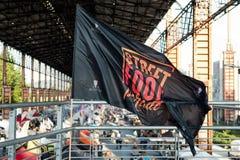 街道食物游行的旗子在都灵,意大利 免版税库存照片