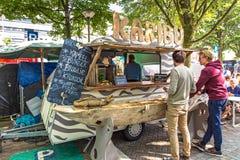 街道食物节日在安特卫普 免版税库存照片
