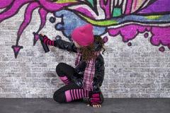街道画女孩 库存图片