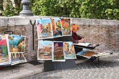 街道画家在工作在罗马,意大利 库存照片