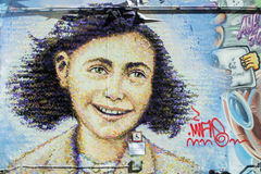 街道画砖墙,五颜六色的背景 库存图片