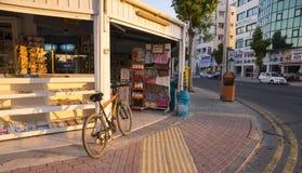 街道Minimarket 免版税库存图片