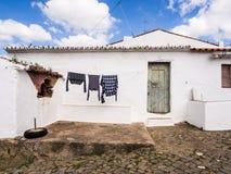 洗衣店干燥在葡萄牙 库存图片