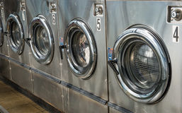 洗衣店机器 免版税库存照片