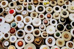 衣物的圆的按钮 免版税图库摄影