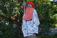 衣裳盖的菩萨雕象在Sensoji寺庙东京日本2016年 免版税库存图片