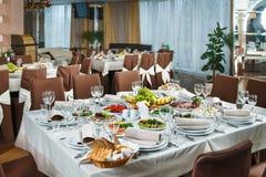 表为事件党或结婚宴会庆祝设置了 免版税库存图片