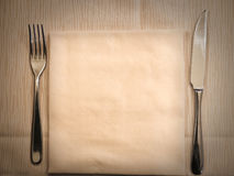 表准备好晚餐 免版税库存图片