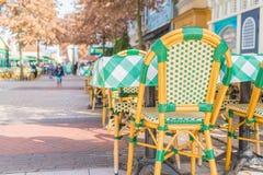 表和椅子在餐馆 图库摄影