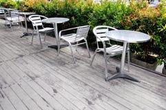 表和椅子,室外咖啡馆 库存图片