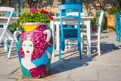 表在一家传统意大利餐馆在西西里岛 库存图片