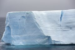 表格南极洲的冰山 图库摄影