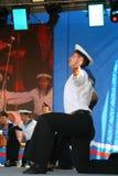 表现艺术家、战士歌曲的独奏者和舞蹈家和西北军区的舞蹈合奏 库存照片