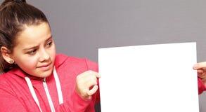 表示的小女孩不确定性 免版税图库摄影