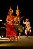 表示高棉ramayana的舞蹈传统 免版税库存图片