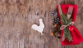 表设置了与一个冬天,圣诞节装饰 库存图片