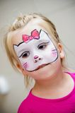表面女孩被绘 免版税库存照片