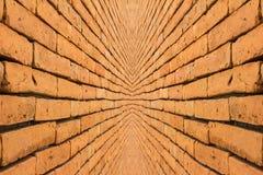 表面砖墙桔子 免版税库存图片