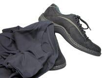 衬衣穿上鞋子t 免版税库存照片