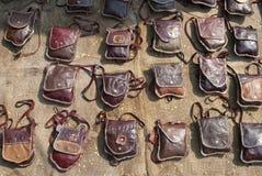 袋子手工制造皮革 免版税库存照片