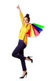 袋子染黑兴奋购物妇女年轻人 免版税库存图片