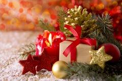 袋子看板卡圣诞节霜klaus ・圣诞老人天空 出现蜡烛和decoratipon 图库摄影