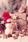 袋子看板卡圣诞节霜klaus ・圣诞老人天空 圣诞节装饰-曲奇饼,苹果,坚果, s 库存图片