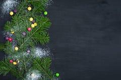 袋子看板卡圣诞节霜klaus ・圣诞老人天空 文本的空间 免版税库存图片