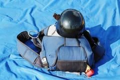 袋子黑色盔甲降伞 免版税库存照片
