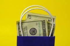袋子货币 免版税库存图片