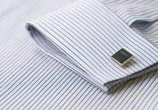 袖口详细资料连结袖子 库存图片
