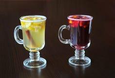 被仔细考虑的酒,柠檬,桂香 库存照片
