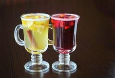 被仔细考虑的酒,柠檬,桂香 免版税库存照片
