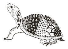 被传统化的乌龟zentangle 传染媒介,例证,徒手画的铅笔 免版税库存照片