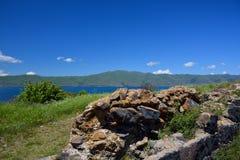 被保存的墙壁的石头在修道院Sevanavank里 图库摄影
