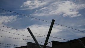 被保护的疆土-云彩与云彩的时间间隔铁丝网  影视素材