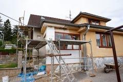 被修理的农村房子 免版税图库摄影